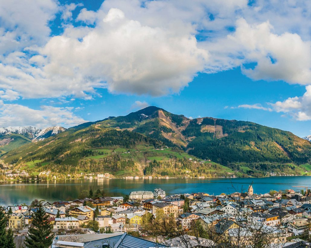Panoramic view of beautiful mountain landscape in the Alps with Lake Zell, Zell am See